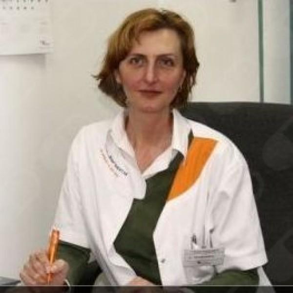 Dr. Mihaela Ivaniciuc